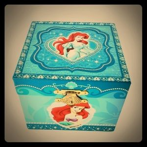 The little mermaid music box